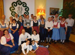 Die Volkstanzgruppe bei einem Freundschaftsbesuch in Fischbach 2014