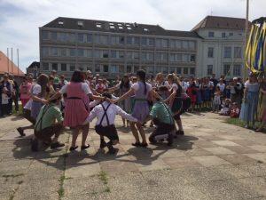 Saalbacher Vortänze zum Bandltanz, Vorbereitung zum Engeltragen
