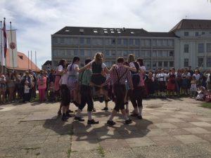 Saalbacher Vortänze zum Bandltanz, Engeltragen